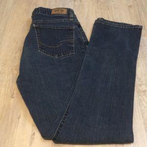 Levi's mid rise jeans